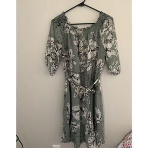 Maurice's floral dress size S.